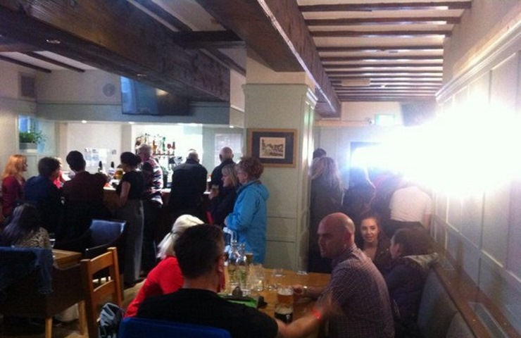 The Wainwright: pub bar full